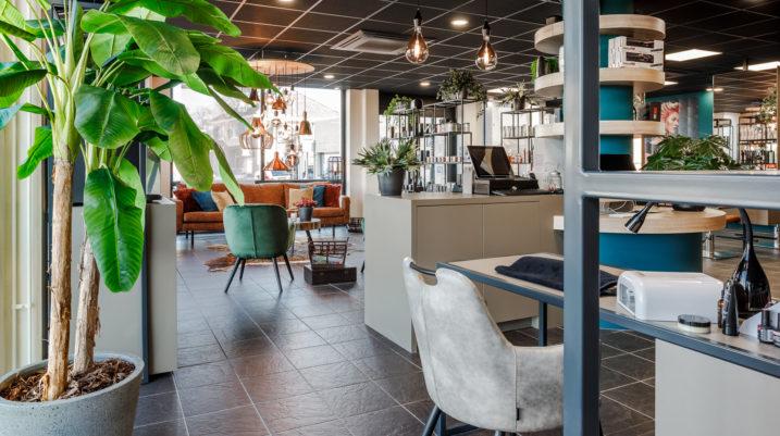 Kopie van (c)Fotograaf Mike Rikken Nijverdal - Hoogers kapsalon interieurs Nekx Kappers-22-LR